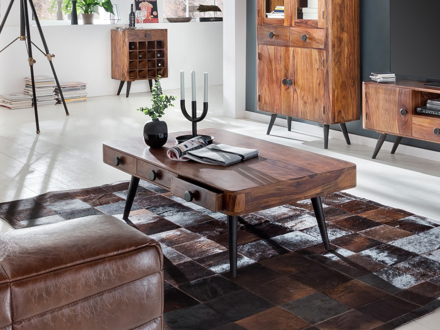 knob sit m bel. Black Bedroom Furniture Sets. Home Design Ideas